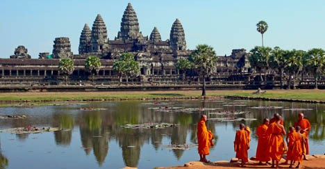 cambodia-Buddhist-monks-468x243